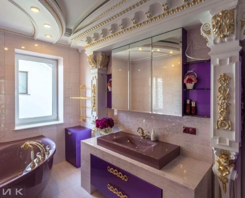 Фиолетовая-ванная-комната-в-царском-стиле-1001