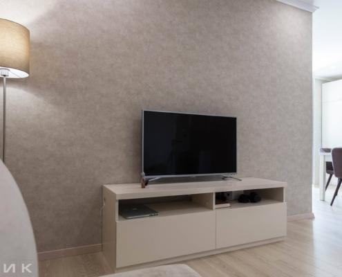Тумба-под-телевизор-в-гостиной-1002