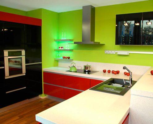 зелёно-красная-кухня