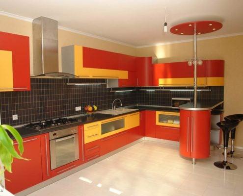 красно-жёлтая-кухня