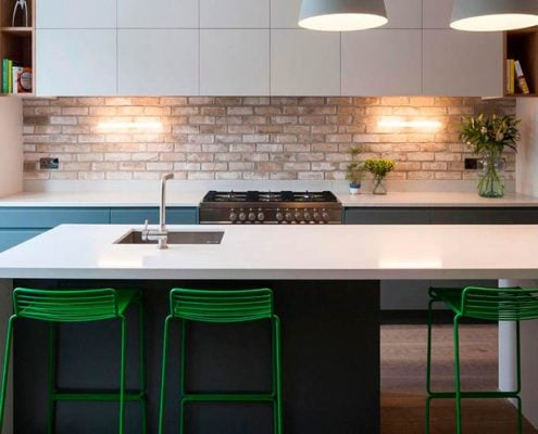 -кухня-в-стиле-минимализм-с-островом