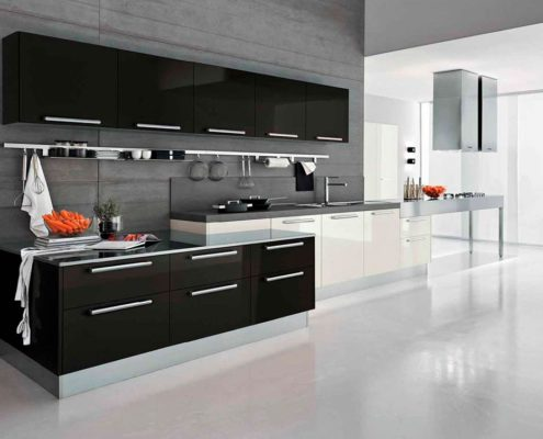 чёрно-белая-кухня