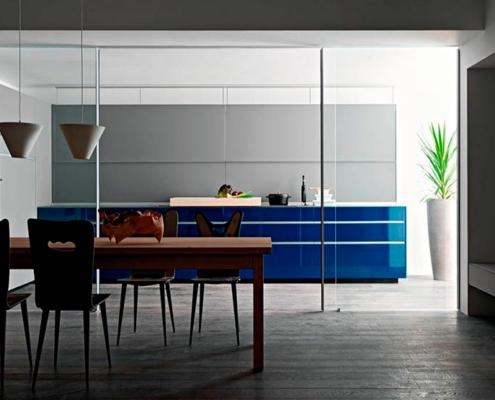 синяя-кухня-минимализм