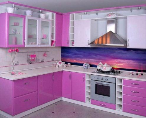сиреневая-кухня-в-квартире