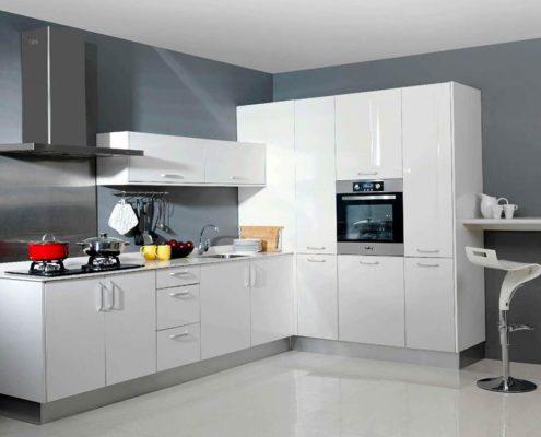 кухня-минимализм-белый-глянец