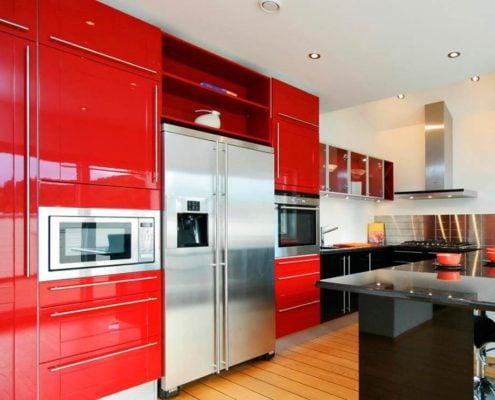чёрно-красная-кухня