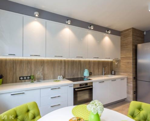 Белая-кухня-столешница искусственный камень