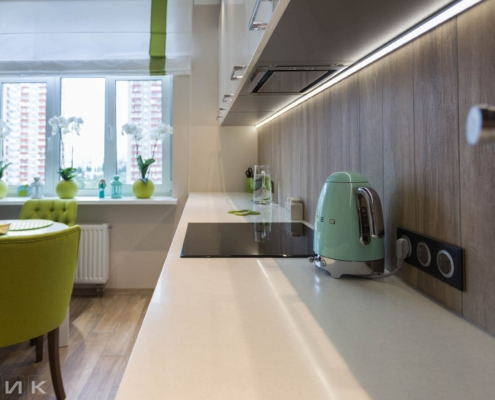 Белая-кухня-модерн-с-(Led)-лед-подсветкой-1024
