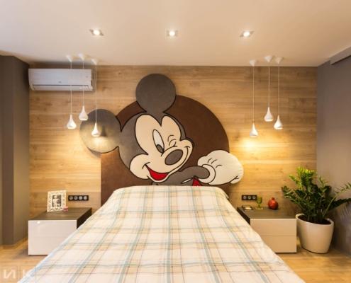 Кровать с микки маус