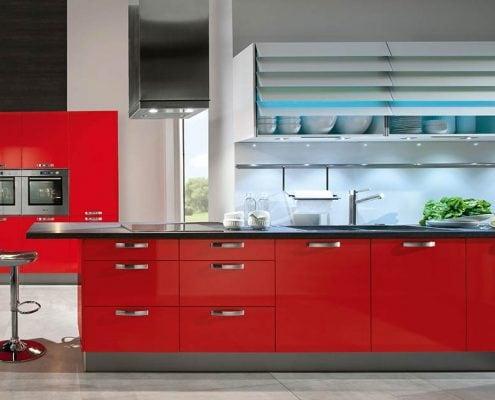 красная-кухня-прямая-модерн