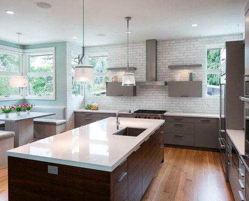 кухня-модерн-в-доме-фото
