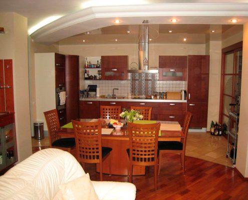 кухня-столовая-в-частном-доме