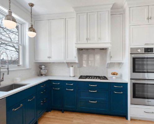 синий-цвет-на-кухне