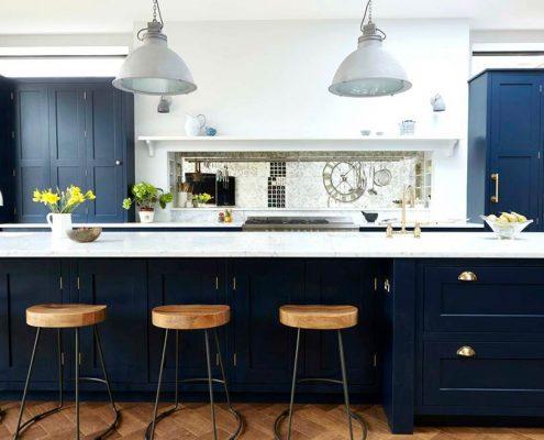 тёмно-синяя-кухня