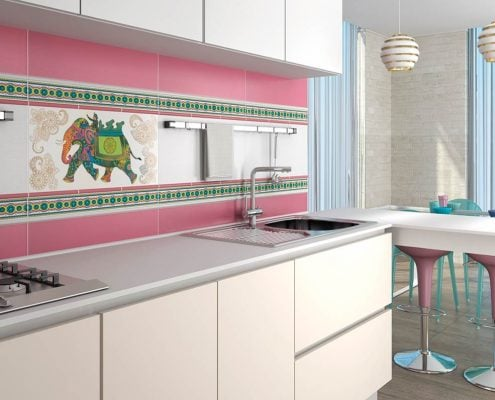 розовая-плитка-на-кухне