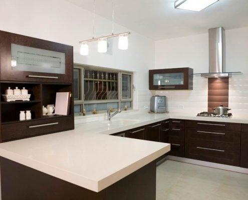 коричневая-кухня-модерн