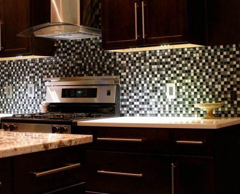 фартук-кухонный-из-мозаики