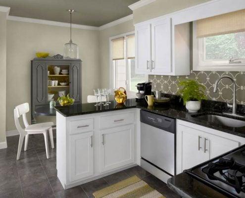 белый-и-чёрный-цвет-на-кухне