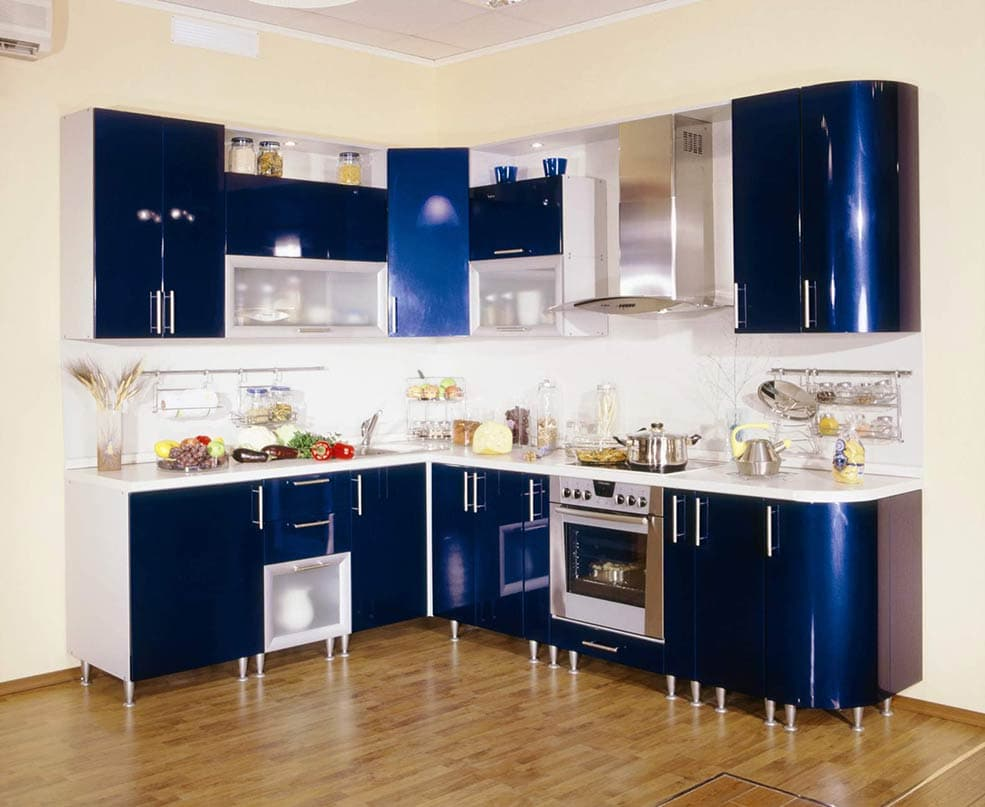 синяя-кухня-глянец
