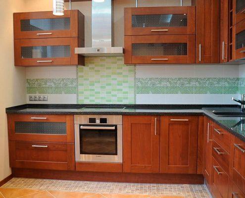 кухня-9-кв-м-дерево