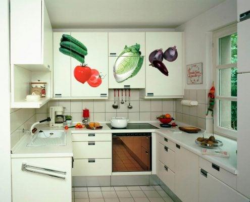 кухонный-гарнитур-с-рисунком