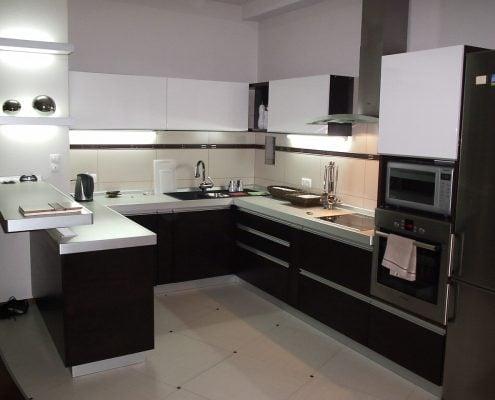 п-образная-кухня-в-квартире