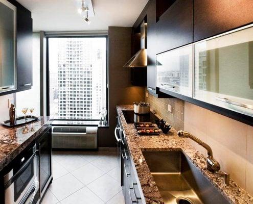 узкая-кухня-фото