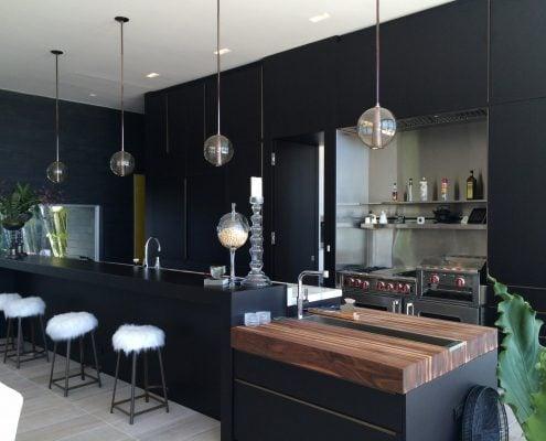 дизайн-кухни-без-навесных-шкафов