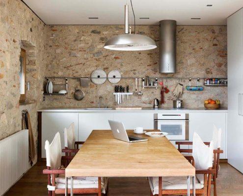 кухня-без-верхних-навесных-шкафов