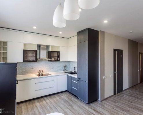 кухня-угловая-под-потолок