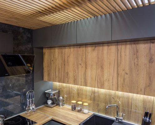 кухонный-гарнитур-2017-шкафы под потолок