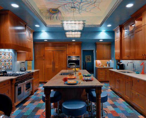 шкафы-на-кухне-до-потолка
