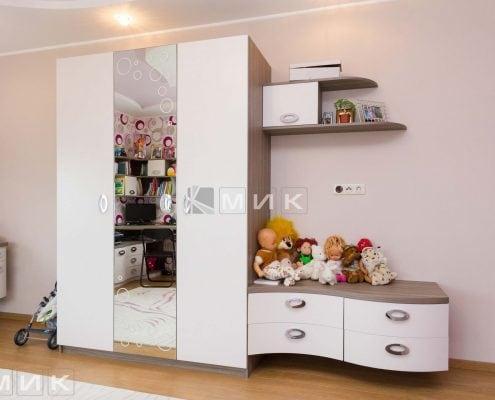 детская-мебель-молочного-цвета