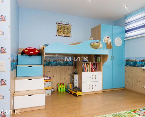 детская-мебель-в-голубом-цвете