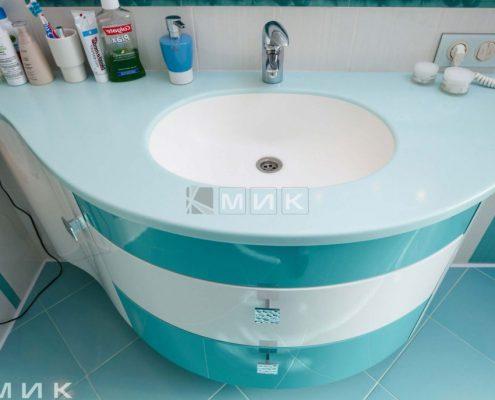фото-мебель-для-ванной-бело-голубая