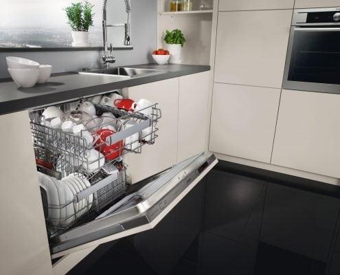 посудомойка-встроенная-на-кухне
