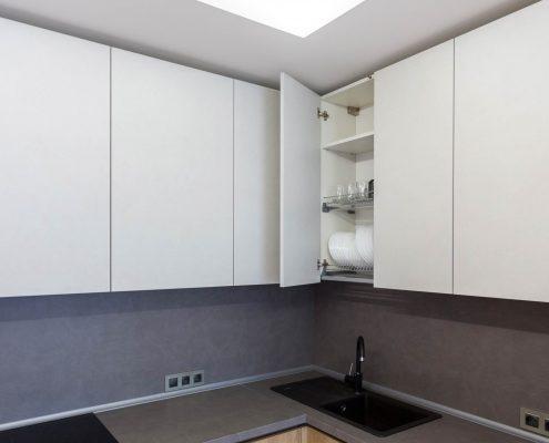 сушилка-для-посуды-в-навесном-шкафу