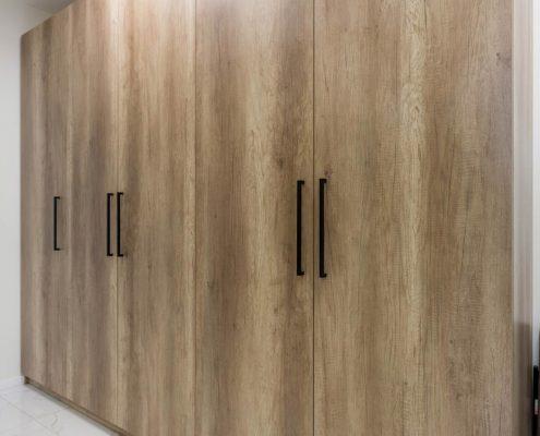 Шкаф-гардероб-в-женский-офис--1001