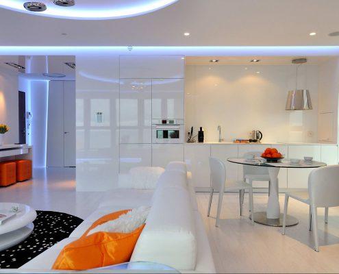 белая-глянцевая-кухня-дизайн-2018