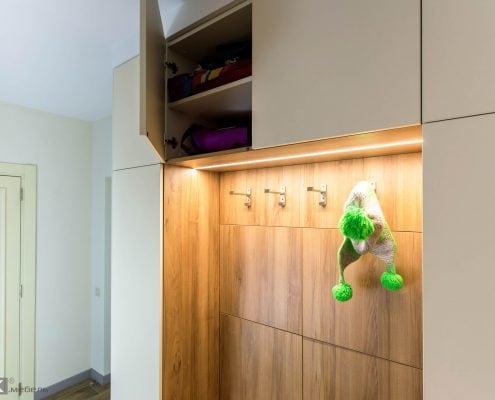 шкаф с открытой вешалкой