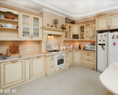 стильная-встроенная-кухня-классика