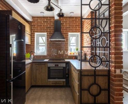 стильная-встроенная-кухня-лофт