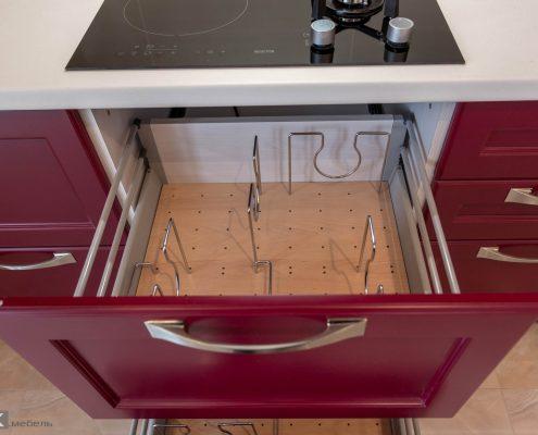 Ящик с вкладкой кухня-бордо