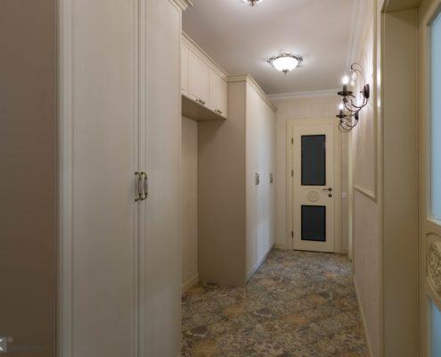 Распашные шкафы в коридор с пленочными МДФ фасадами