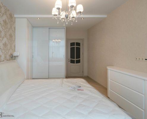 Белая-мебель-в-спальню-1001