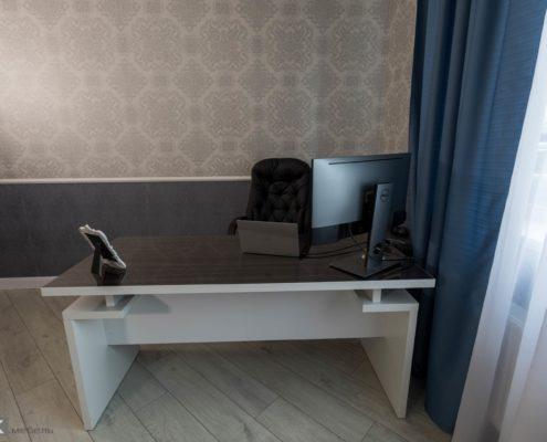 Стол-в-кабинет-1002