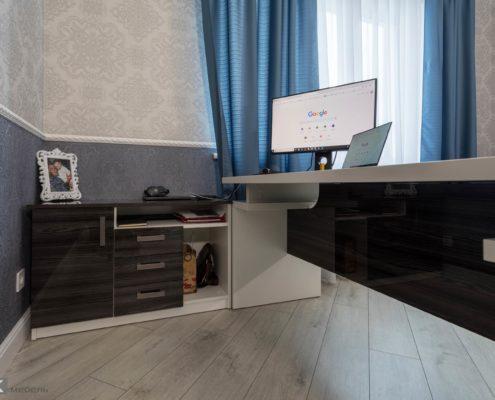 Компьютерный Стол-в-домашний-кабинет-1003
