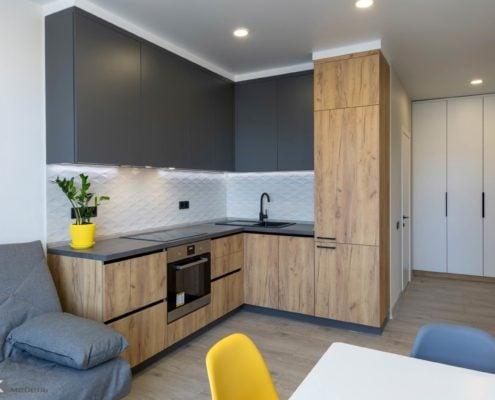 Кухня под потолок на заказ