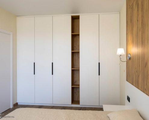 Белый шкаф-для-спальни-ДСП-1004