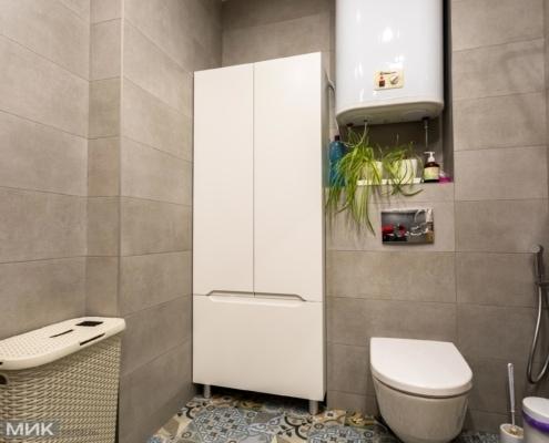 Біла-шафа-МДФ-в-ванною-кімнаті